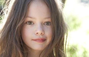 Mackenzie Foy sera Renesmee dans The Twilight Saga: Breaking Dawn