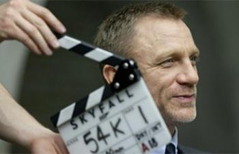 Skyfall disponible deux jours avant sa sortie officielle au IMAX des Galeries de la Capitale