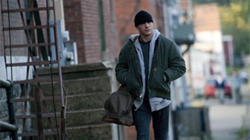 Tom Hardy rejoint The Outsider