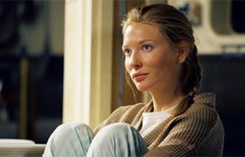 Cate Blanchett pourrait être la méchante belle-mère dans Cinderella