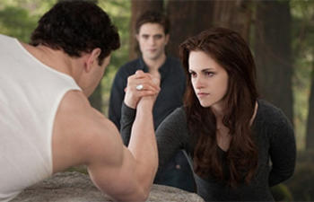 Box-office nord-américain : The Twilight Saga: Breaking Dawn Part 2 tient bon