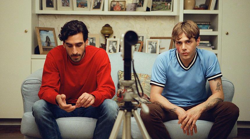 Séville dévoile la bande-annonce de Matthias & Maxime