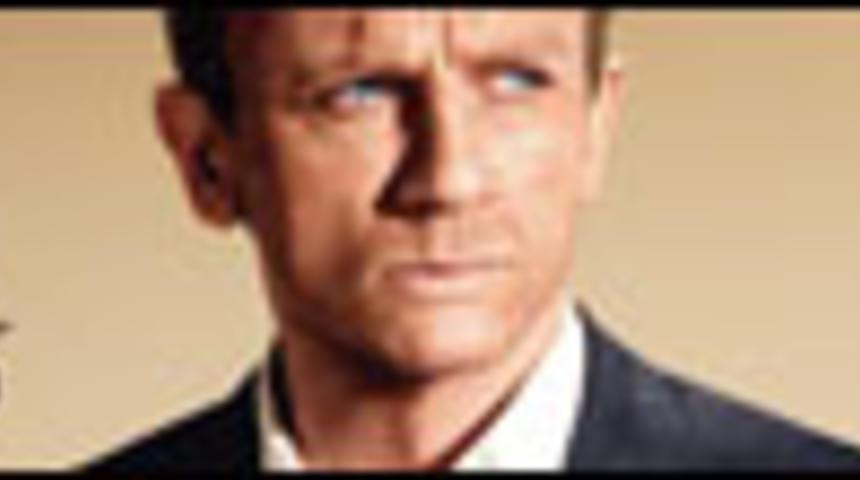 Affiche et bande-annonce officielle en français de 007 Quantum