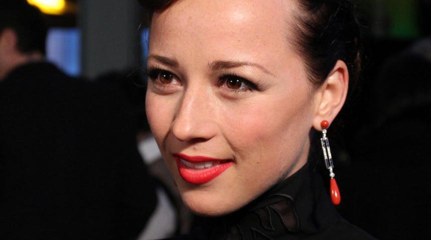 Genie 2010 : Les québécoises Karine Vanasse et Caroline Néron présenteront un prix