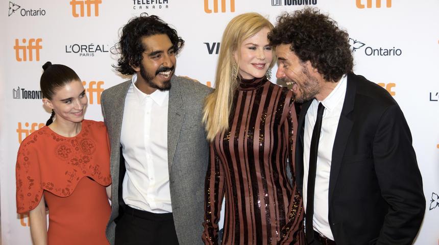 Tapis rouge du film Lion avec Nicole Kidman et Dav Patel au TIFF 2016