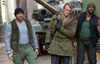 Box-office nord-américain : The Expendables 2 conserve la première place
