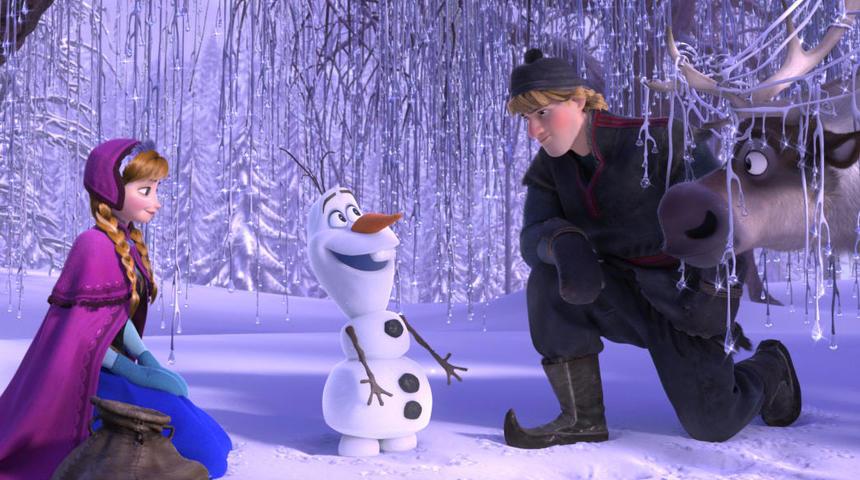 Le court métrage « La reine des neiges - Une fête givrée » de Disney présenté avant Cendrillon